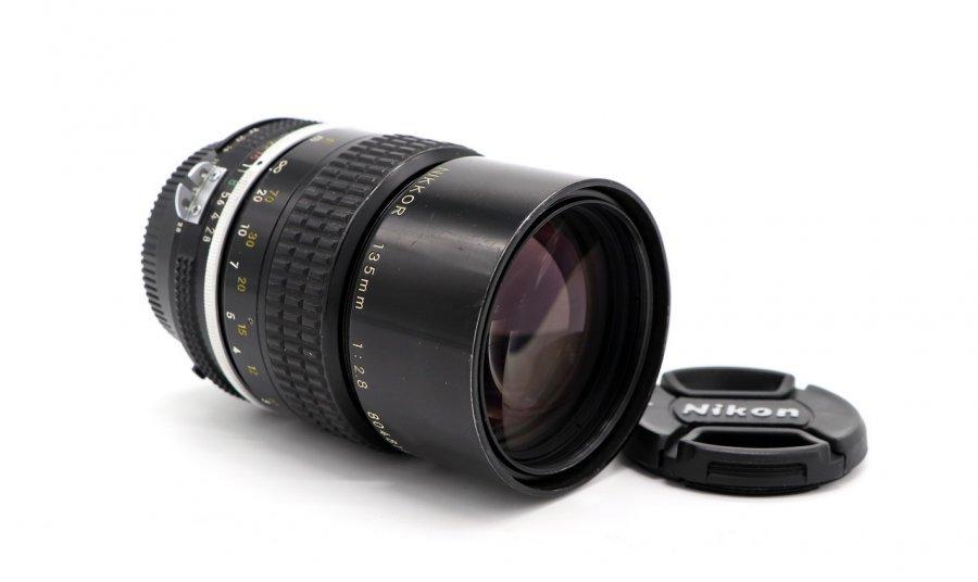 Nikon 135mm f/2.8 Nikkor