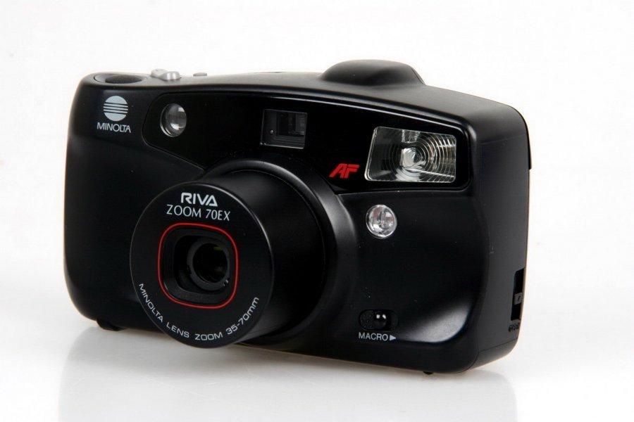 Minolta Riva zoom 70EX (Japan, 1989)