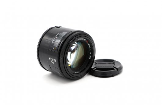 Minolta AF Maxxum 50mm f/1.4(22)