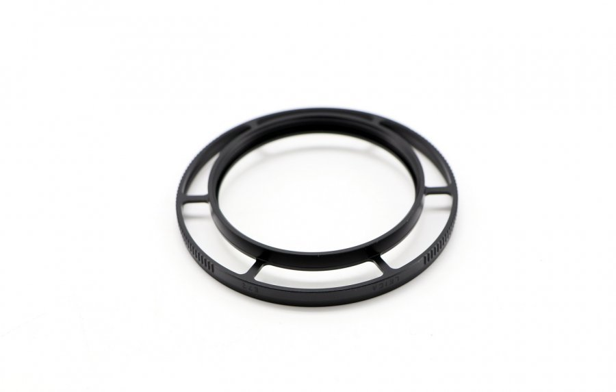 Adapter filter E72 for M 24mm  f/1.4