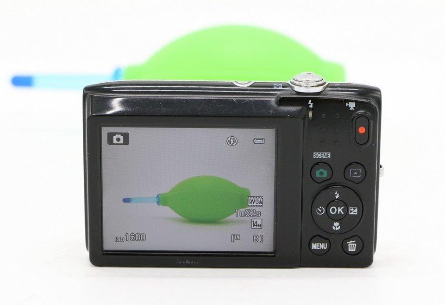 Nikon coolpix S2600 (Japan, 2009)