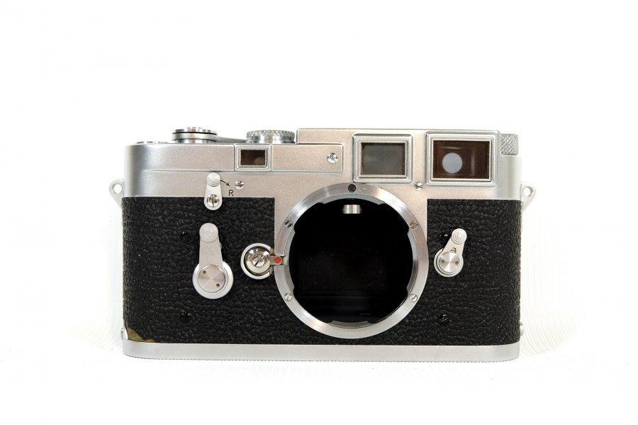 Leica M3 + Summicron 2/50 (Germany, 1955)